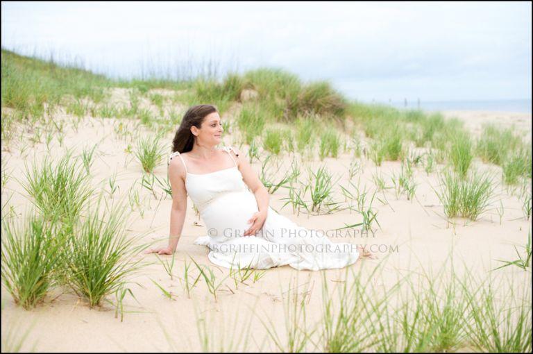 virginia beach oceanfront maternity portraits