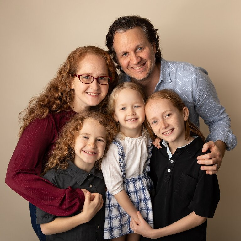 studio portrait of griffin photography family